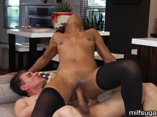 Milf Confusable Stone bounces will not hear of pussy exposed to this hard shaft